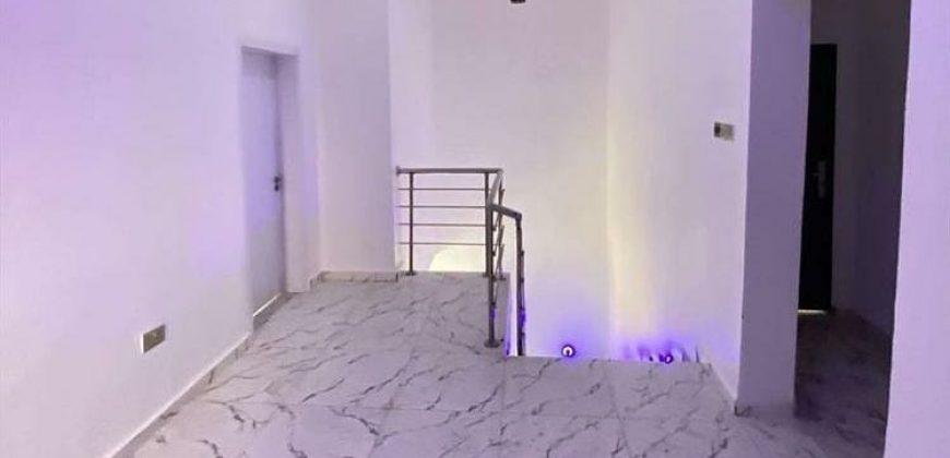 4 BEDROOM DETACHED DUPLEX